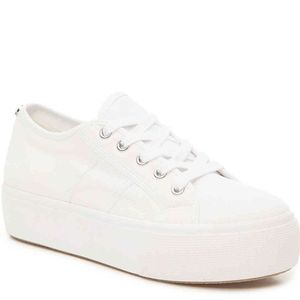 Steve Madden Women's Emmi Canvas White Lace  Up Fl